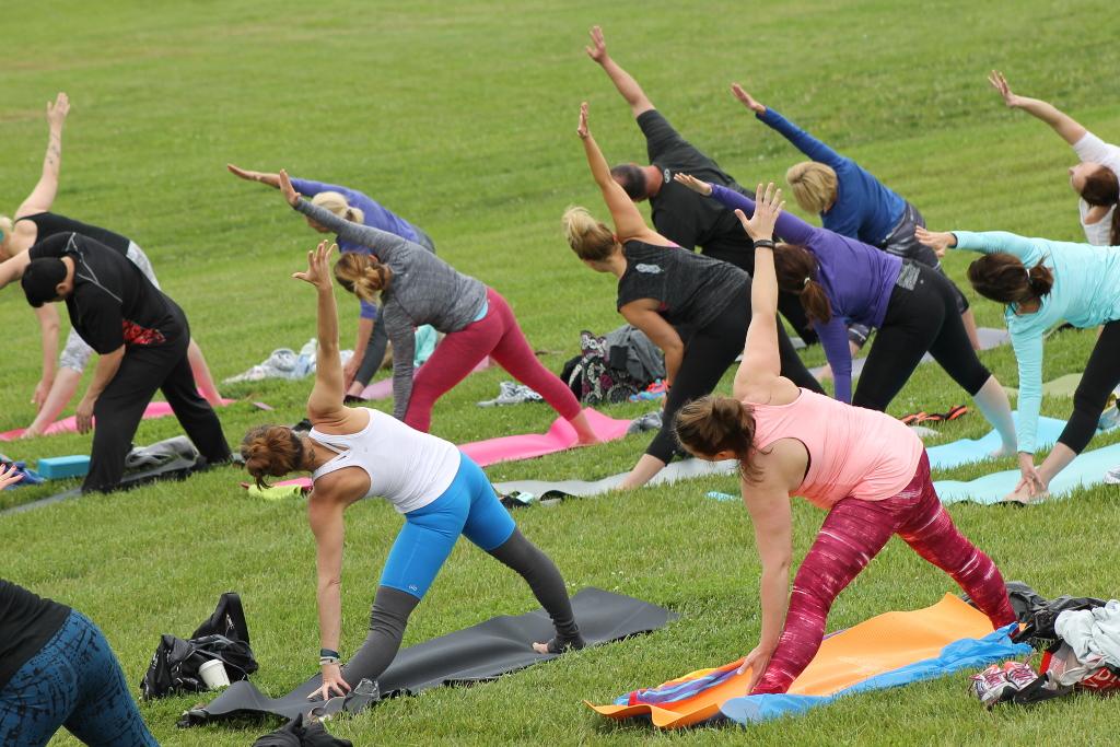 Séance de Yoga en plein air à Overland Park (Kansas)